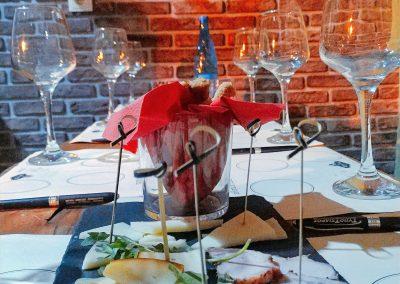 Γνωρίζοντας το Κρασί στο Εδεσματόριο του Μπακάλικου